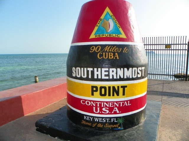 plan a vacation and drive in keywest