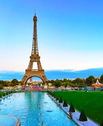 Eiffel tower – Paris , France