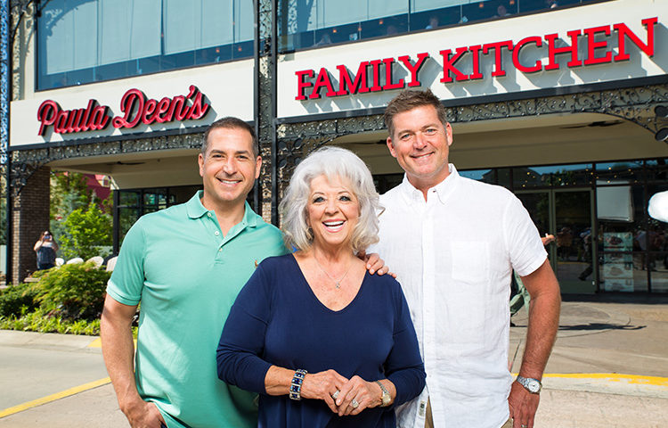paula deen's family kitchen – Gatlinburg , TN