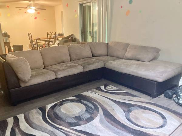 FREE Furniture, Sectional Couch, Queen Bedroom Set, Dinette Set (Norcross)