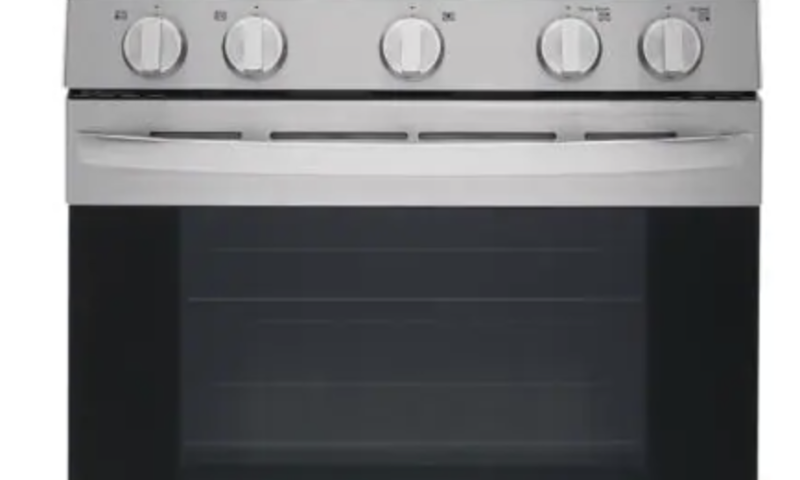 Smart Wi-Fi Enabled Gas Oven Range with AirFry for $999